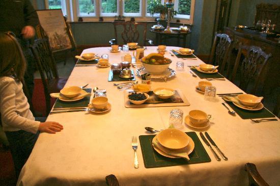 Lullington House: dining room 4