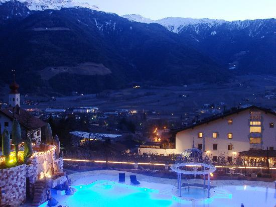Luxury DolceVita Resort Preidlhof: Evening