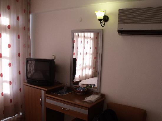 Yeniceri Hotel: zimmer1