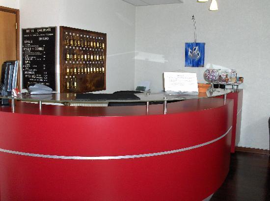 Hotel Lanjuinais: Hôtel Lanjuinais Rennes Centre Ville