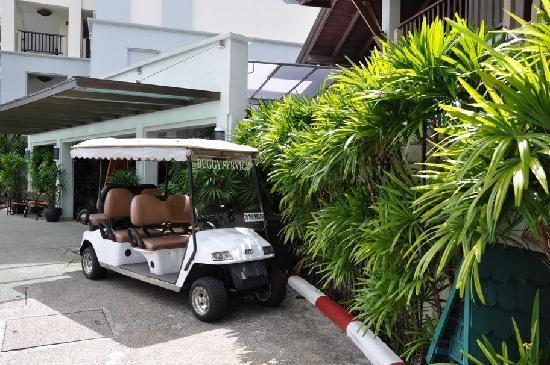 Marriott's Mai Khao Beach - Phuket : shuttle bus