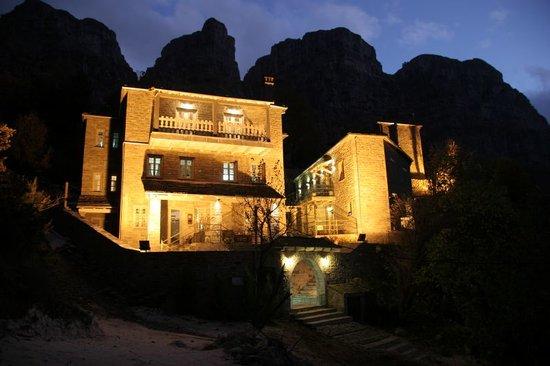 Μικρό Πάπιγκο, Ελλάδα: MP 1700 Night View