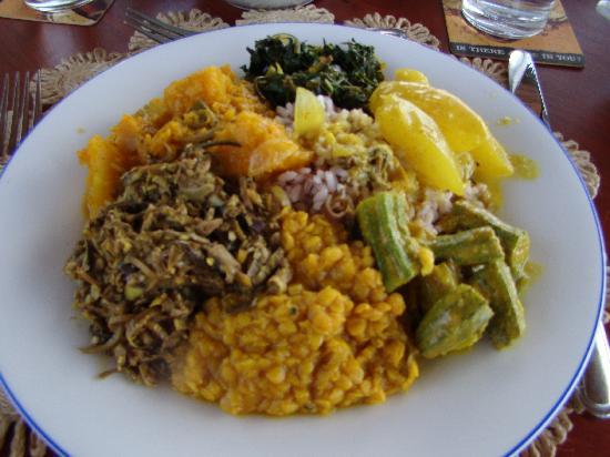 Dalmanuta Gardens - Ayurvedic Resort & Restaurant: Full board lunch