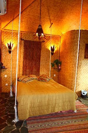 Tempat Senang Resort: The Hanging Bed of Tempat Senang