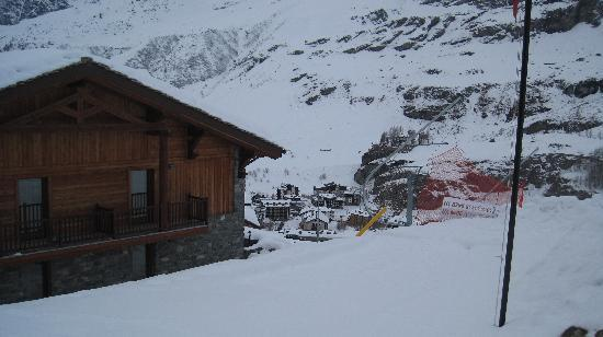 View of our room piste no 3 to the right cervinia below for Hotel meuble mon reve