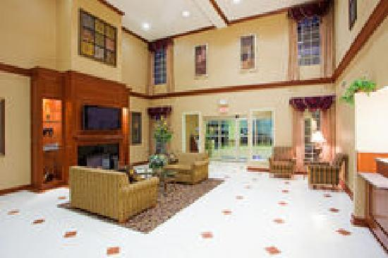 Holiday Inn Express Prince Frederick: Our modern lobby