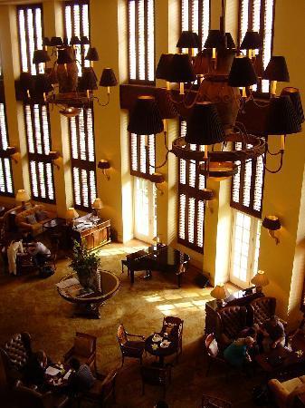 Park Hyatt Saigon: lobby lounge