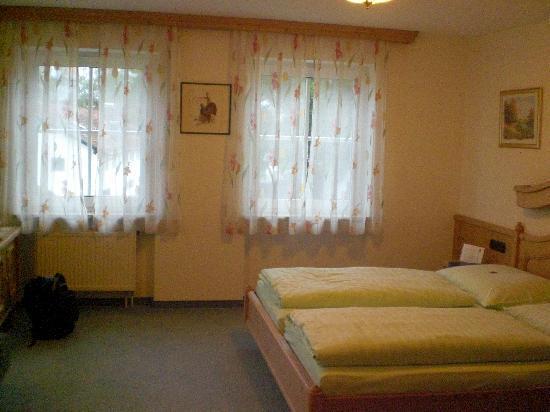 Hotel Residenz Beckenlehner : Stanza