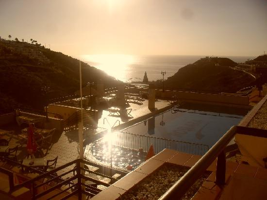 Roslara Apartments: pool area