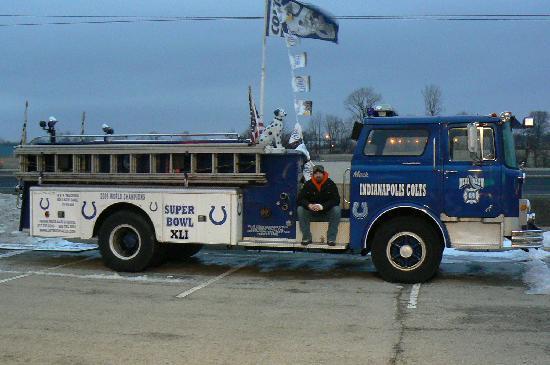 Blue Crew Sports Grill: Blue Crew Fire Truck