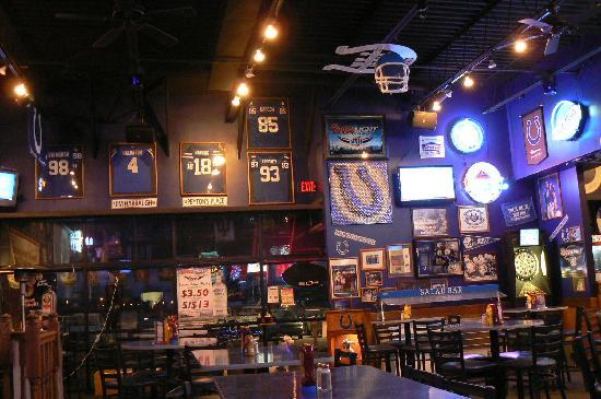 Blue Crew Sports Grill: Blue Crew - Inside