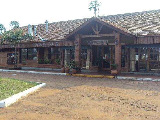 Complejo Turistico Americano : 10.-Pto.Iguazú-Complejo Americano: interior del restaurante-desayunador