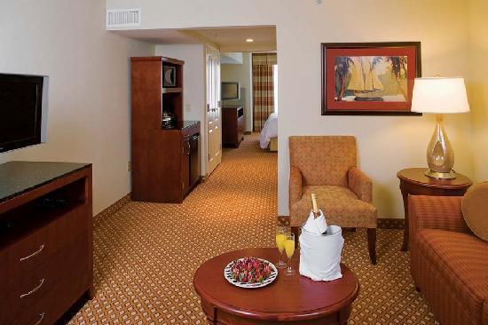 Hilton Garden Inn Tupelo: Ask about our Suites.