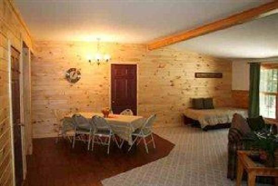 Brookwood RV Resort Campground and Cabins: Cabin
