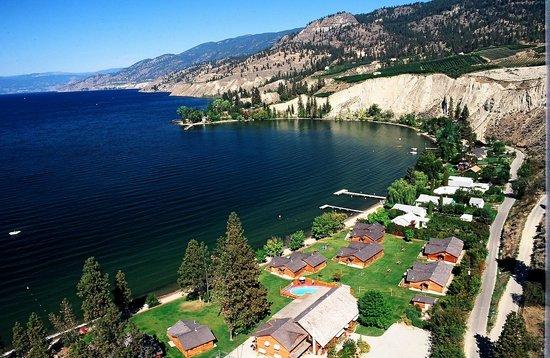 Sandy Beach Lodge & Resort: Overlooking Sandy Beach Lodge.