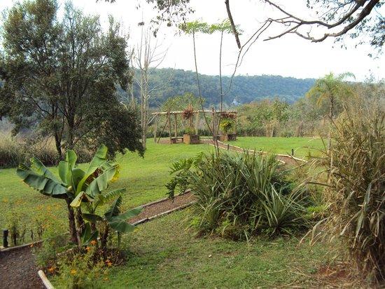 Raices Esturion Hotel: 21.-Pto Iguazú Esturión Hotel& Lodge: parque