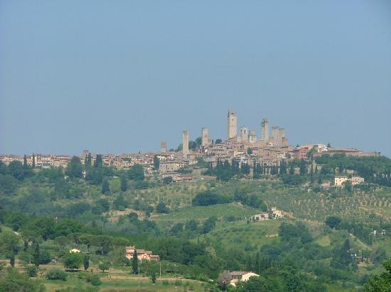 Pietrafitta Podere La Costa: San Gimignano pela manhã
