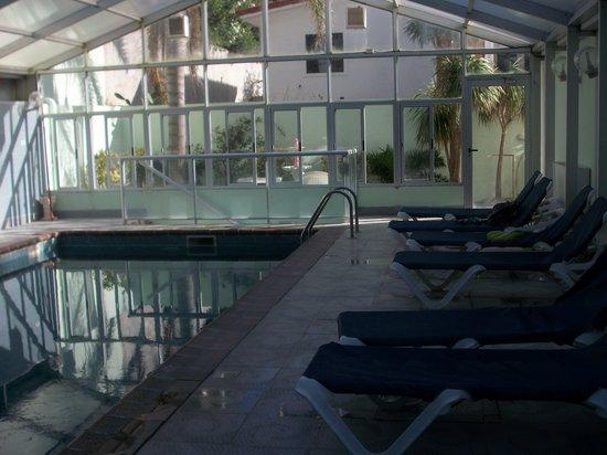 Hotel Ricadi: Pileta