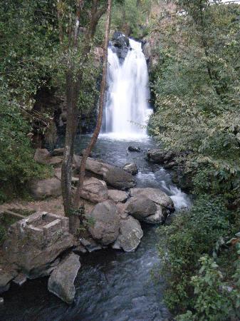 Mision Grand Valle de Bravo: Cascada Hotel