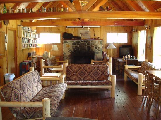 Trinity Mountain Meadow Resort: lounge & bar