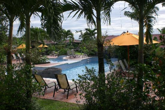 Arenal Springs Resort and Spa: Garten