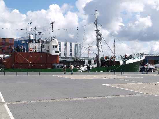 "Museumsschiff FMS GERA: Seitentrawler ""Gera"" - Ansicht Seite"