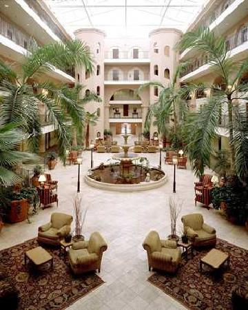 Embassy Suites by Hilton Charleston - Historic Charleston: Atrium