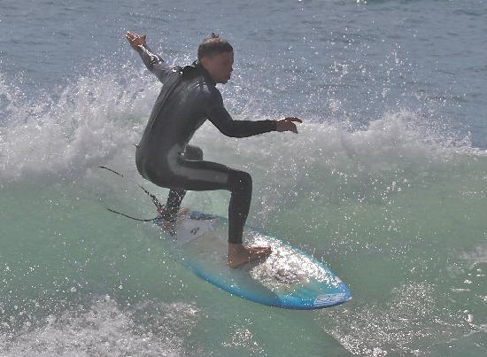 Las Palmas de Gran Canaria, Spanje: Vid Faros blir vågorna branta. Idealiskt för surfsugna.