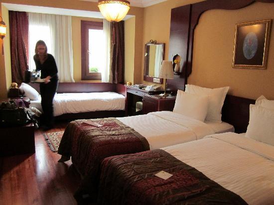 Sirkeci Mansion: Triple Room