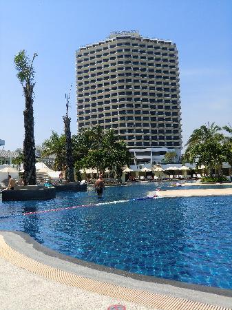 Novotel Hua Hin Cha Am Beach Resort and Spa : Courtyard by Marriott Cha-Am