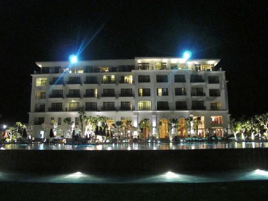 The Danna Langkawi, Malaysia: The hotel at night