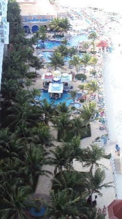 Hotel Riu Cancun: Plage