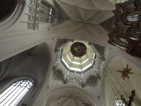 Liebfrauenkathedrale (Onze-Lieve-Vrouwekathedraal): Kuppel