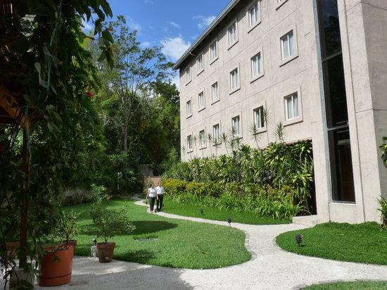Photo of Hotel Gardenia Inn San Salvador