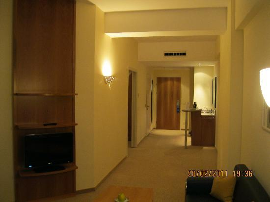 Photo of Starlight Suites Hotel Bucharest