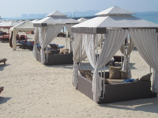 Jumeirah Al Qasr at Madinat Jumeirah Cool Beach Tents & Cool Beach Tents - Picture of Jumeirah Al Qasr at Madinat Jumeirah ...