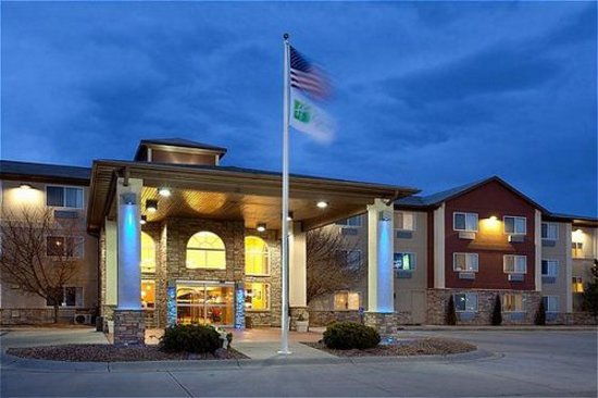 Holiday Inn Express Scottsbluff - Gering: Front Entrance