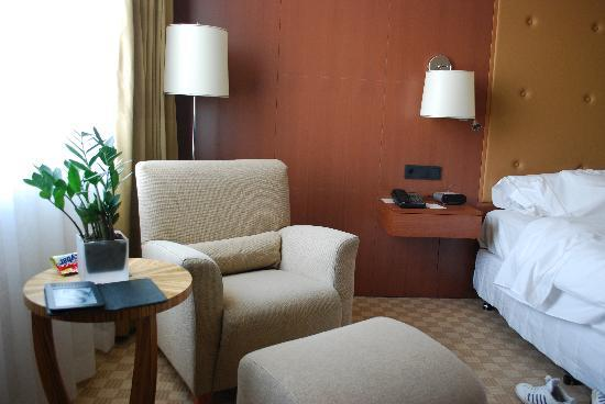 The Westin Warsaw: Seating/Reading area