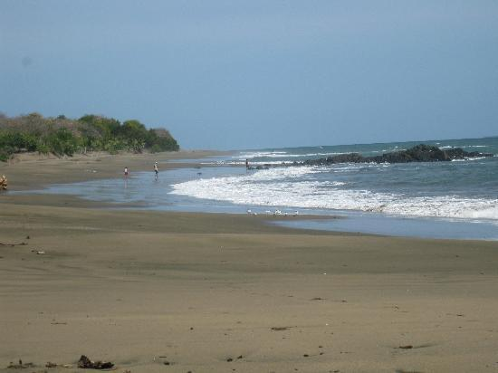 La Rosa de Los Vientos: pacific beaches to walk to