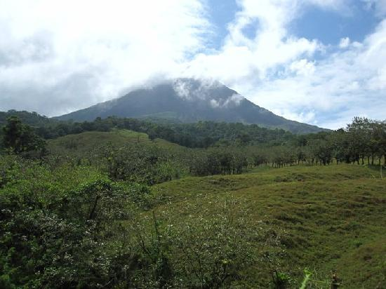 Arenal Springs Resort and Spa: Back view of the volcano during our horseback riding tour.