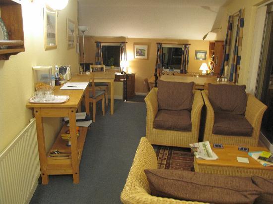 Crown Cottage: Breakfast area