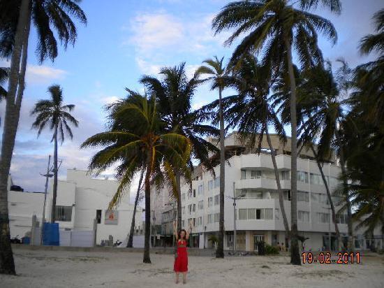 Hotel Casablanca: Hotel desde la playa