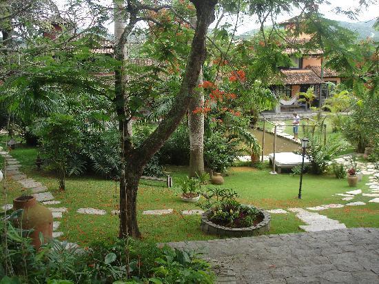Pousada Le Palmier: patio