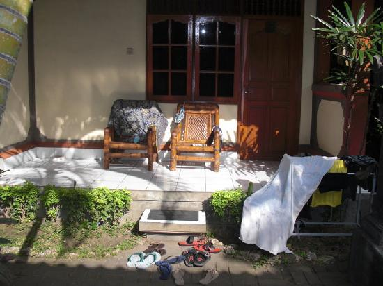 Komala Indah II cottages: Our room