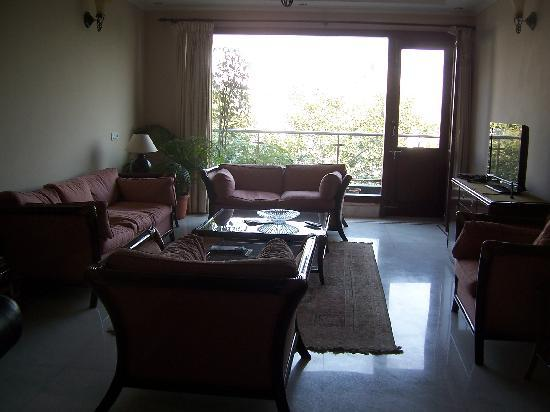 Saket Bed and Breakfast: COMMON AREAS