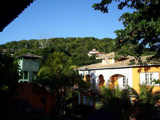 Pousada Corsário Búzios: vista a los jardines y zonas aledañas