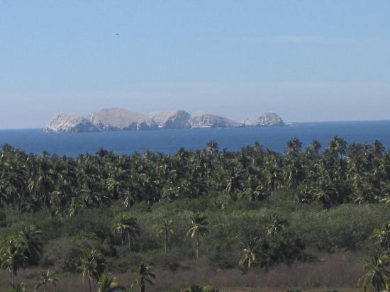 Barcelo Ixtapa: View from the refuge near Barra de Potosi
