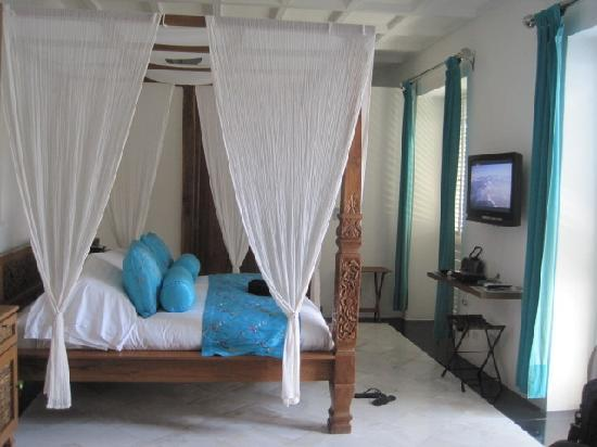 Hotel Aguamarina: Bedroom