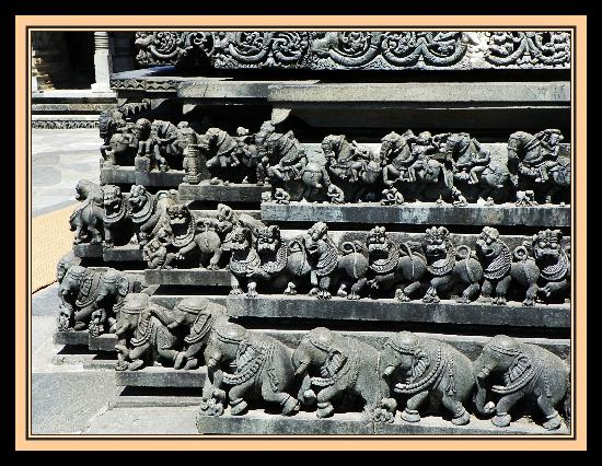 Chennakesava Temple : Belur - Carved star shaped outer walls