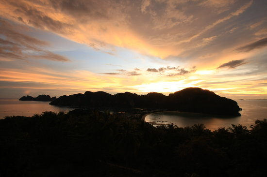 Provinz Krabi, Thailand: Phi Phi Island sunset